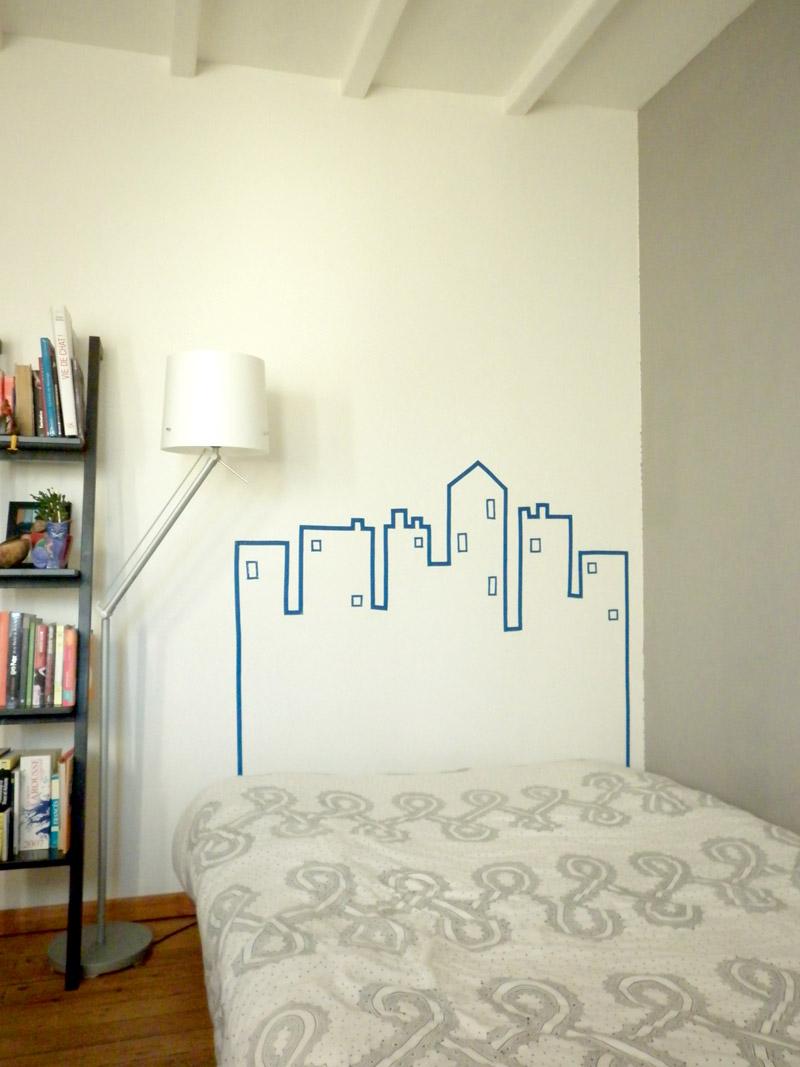t te de lit fait avec masking tape mademoiselle je sais tout. Black Bedroom Furniture Sets. Home Design Ideas