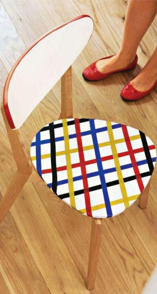 décorer une chaise avec du masking tape