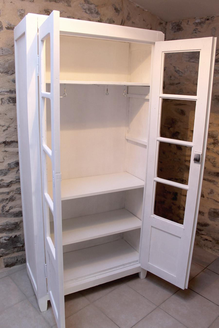 retaper une vielle armoire vintage