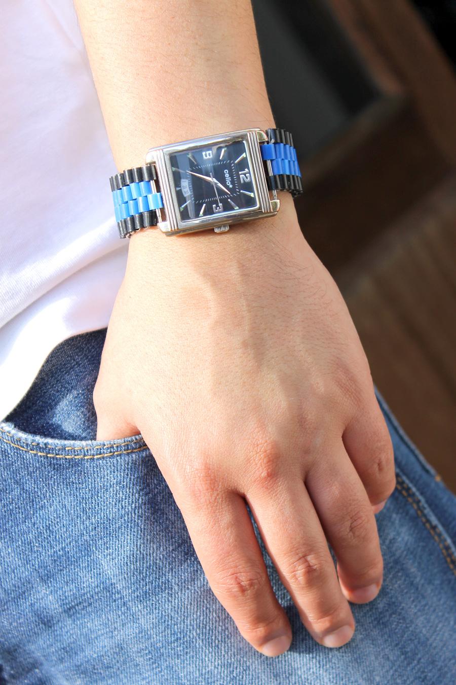 montre avec bracelet personnalisé
